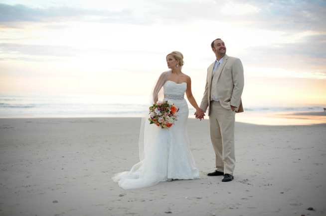 Post image for Nicole & Brian {2nd Avenue Pier}
